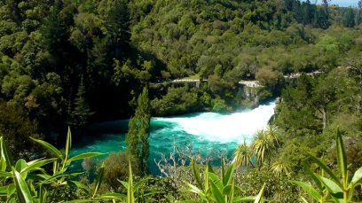 NEW ZEALAND: Huka Falls - 220,000 litres of water per second, some serious hydro power!